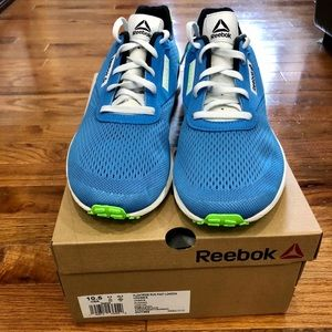 Reebok Unisex running shoes size 10.5 NWT